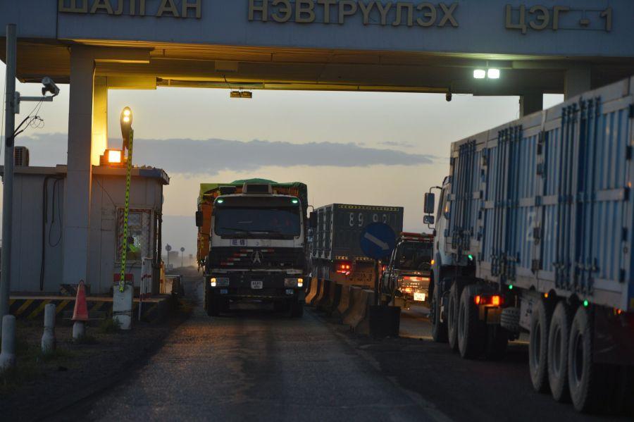 Начат экспорт угля через Замын-Ууд