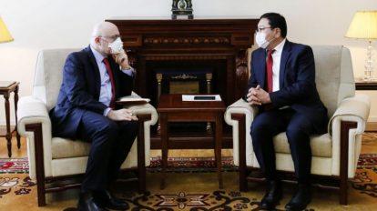 Госсекретарь МИД Монголии призвал посла Франции к сотрудничеству
