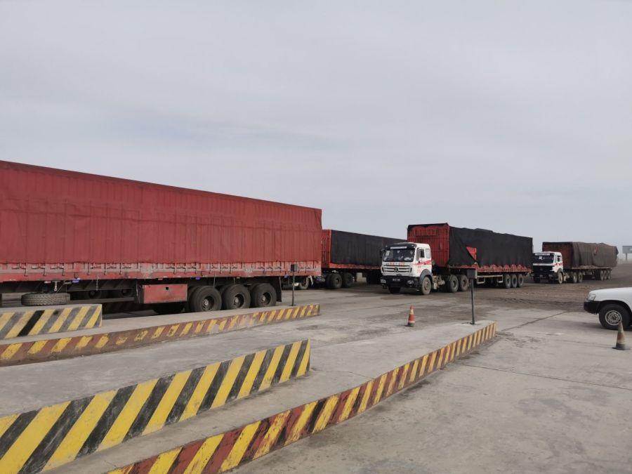 Монголия начала транспортировку угля в Китай