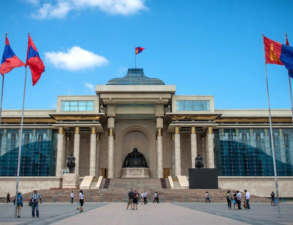 Рекордное число независимых кандидатов в парламент Монголии